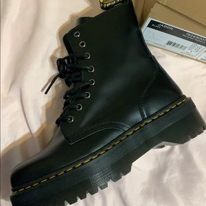 Brand new! Never worn, ordered the wrong size!